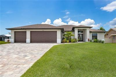 Cape Coral Single Family Home For Sale: 4922 SW 25th Ct