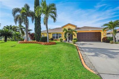 Cape Coral Single Family Home For Sale: 3116 SW 19th Pl