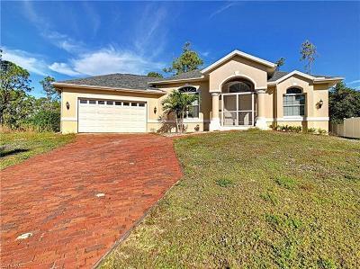 Lehigh Acres Single Family Home For Sale: 3001 E 9th St