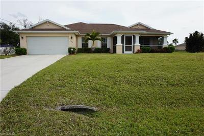 Lehigh Acres Single Family Home For Sale: 4609 Inez Ave S