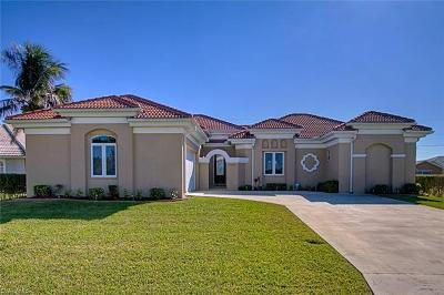 Cape Coral Single Family Home For Sale: 1920 SW 54th St