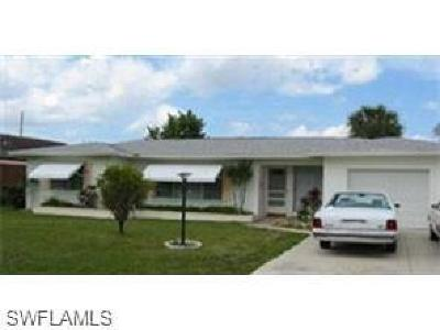 Cape Coral Single Family Home For Sale: 5222 York Ct