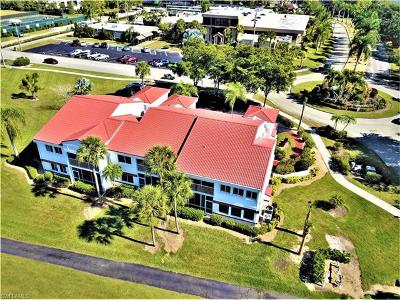 Fort Myers Condo/Townhouse For Sale: 1990 Leisure Dr #4