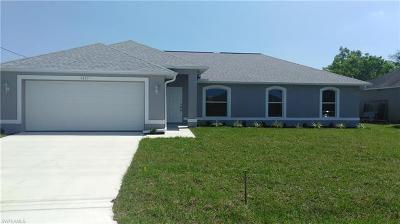 Cape Coral Single Family Home For Sale: 1417 SW 4th Pl