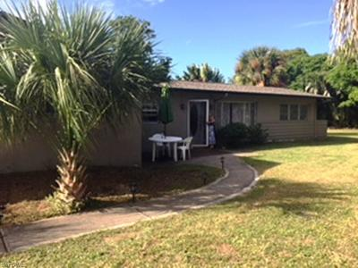 Cape Coral Single Family Home For Sale: 5602 Driftwood Pky W