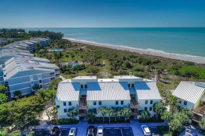 Sanibel, Captiva Condo/Townhouse For Sale: 2112 Gulf Beach Villas