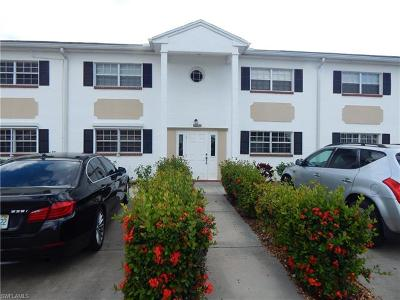 Fort Myers Condo/Townhouse For Sale: 7019 Cedarhurst Dr #9D