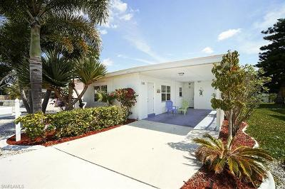 Fort Myers Beach FL Single Family Home For Sale: $520,000