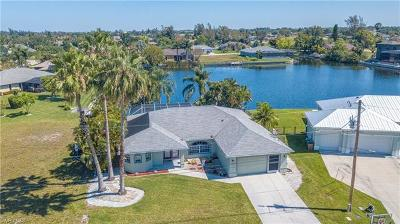 Cape Coral Single Family Home For Sale: 1139 SW 14th St