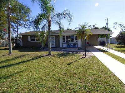 Lehigh Acres Single Family Home For Sale: 804 E Jasmine Rd