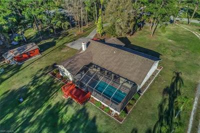 Fort Myers Single Family Home For Sale: 6200 Industry Ave