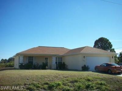 Lee County Single Family Home For Sale: 1605 Inez Ave S