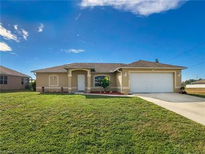 Cape Coral Single Family Home For Sale: 1830 NW 15th Ter