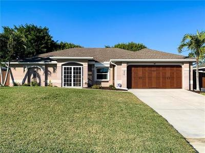 Lee County Single Family Home For Sale: 1815 SW 27th St