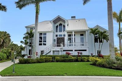 Fort Myers Single Family Home For Sale: 6181 Tidewater Island Cir