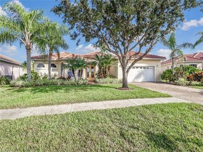 Naples Single Family Home For Sale: 2245 Valencia Lakes Cir