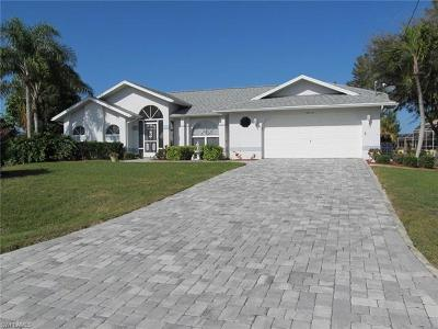 Cape Coral, Matlacha Single Family Home For Sale: 3018 SW 26th Ave