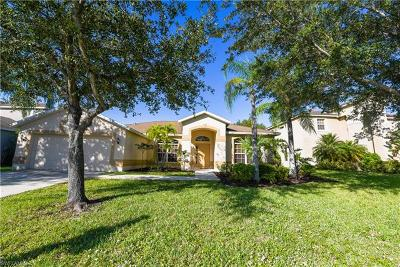 Fort Myers Single Family Home For Sale: 15023 Balmoral Loop