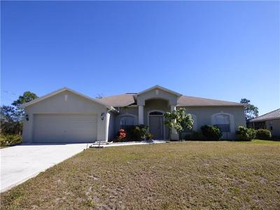 Lehigh Acres Single Family Home For Sale: 516 Canton Ave