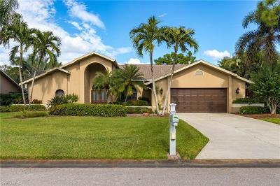 Fort Myers Single Family Home For Sale: 8806 Banyan Cove Cir