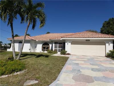Cape Coral Single Family Home For Sale: 1501 SE 21st Ln
