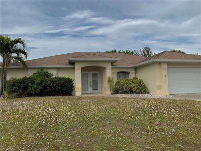 Cape Coral Single Family Home For Sale: 1709 SW 30th St