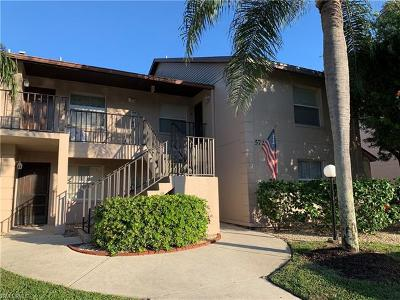 North Fort Myers Condo/Townhouse For Sale: 5721 Foxlake Dr #8