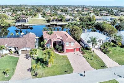 Cape Coral Single Family Home For Sale: 2813 SW 29th Ave