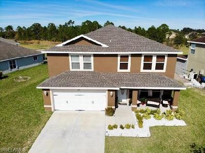 Lehigh Acres Single Family Home For Sale: 18105 Horizon View Blvd