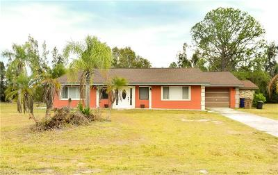 Lehigh Acres Single Family Home For Sale: 1406 Robert Ave