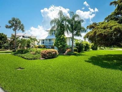 Sanibel Single Family Home For Sale: 1559 Sand Castle Rd