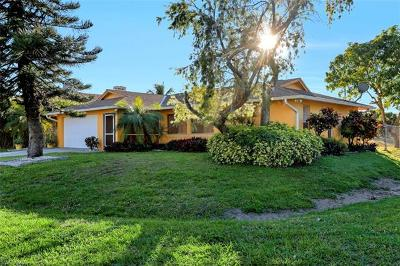 Cape Coral, Matlacha, North Fort Myers Single Family Home For Sale: 3316 SE 16th Pl