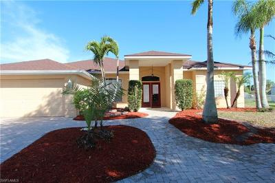Lehigh Acres Single Family Home For Sale: 501 Marby Rd