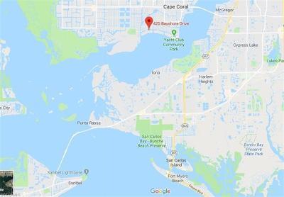 Cape Coral Single Family Home For Sale: 425 Bayshore Dr