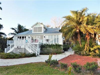 Single Family Home For Sale: 201 Useppa Island