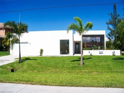 Cape Coral Single Family Home For Sale: 3923 SW 13th Ave