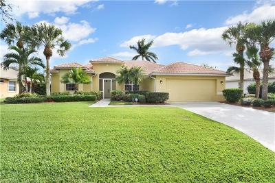 Fort Myers Single Family Home For Sale: 12510 Lake Run Dr