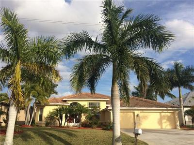 Cape Coral Single Family Home For Sale: 827 Old Burnt Store Rd N