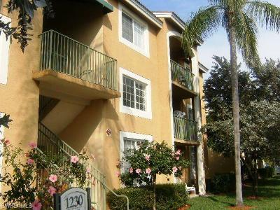 Naples Condo/Townhouse For Sale: 1230 Wildwood Lakes Blvd #206