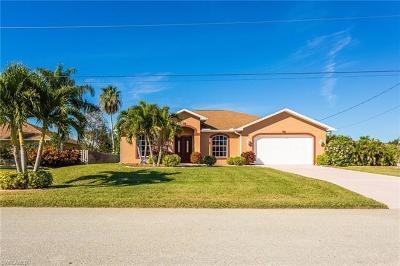 Cape Coral Single Family Home For Sale: 4930 SW 25th Ct