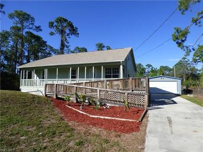 Lehigh Acres Single Family Home For Sale: 240 Callaway Ave S