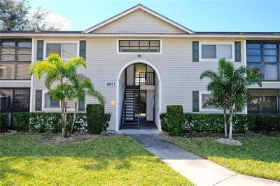 Fort Myers Condo/Townhouse For Sale: 8081 S Woods Cir #2