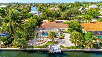 Sanibel Single Family Home For Sale: 1010 Kings Crown Dr