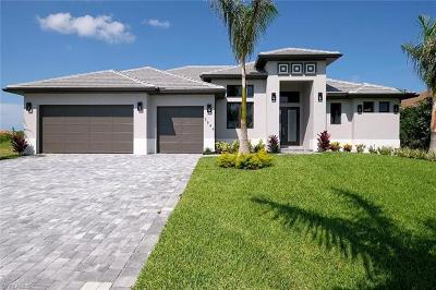Cape Coral Single Family Home For Sale: 2844 SW 26th Pl