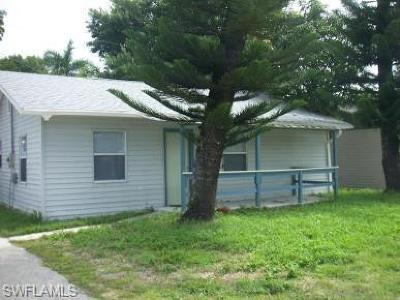 Collier County, Charlotte County, Lee County Single Family Home For Sale: 30 Cypress St