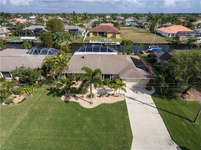 Cape Coral Single Family Home For Sale: 5017 SW 11th Pl