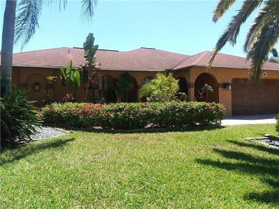Cape Coral Single Family Home For Sale: 920 El Dorado Pky W