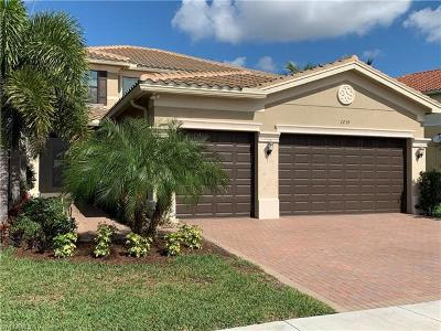 Naples Single Family Home For Sale: 2739 Cinnamon Bay Cir