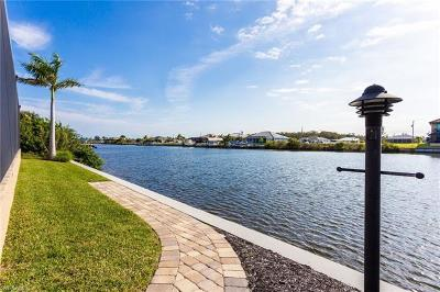 Cape Coral Single Family Home For Sale: 1615 NW 44th Ave