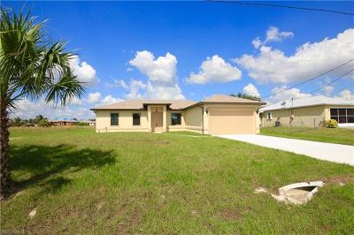 Lehigh Acres Single Family Home For Sale: 50 Queen Ct
